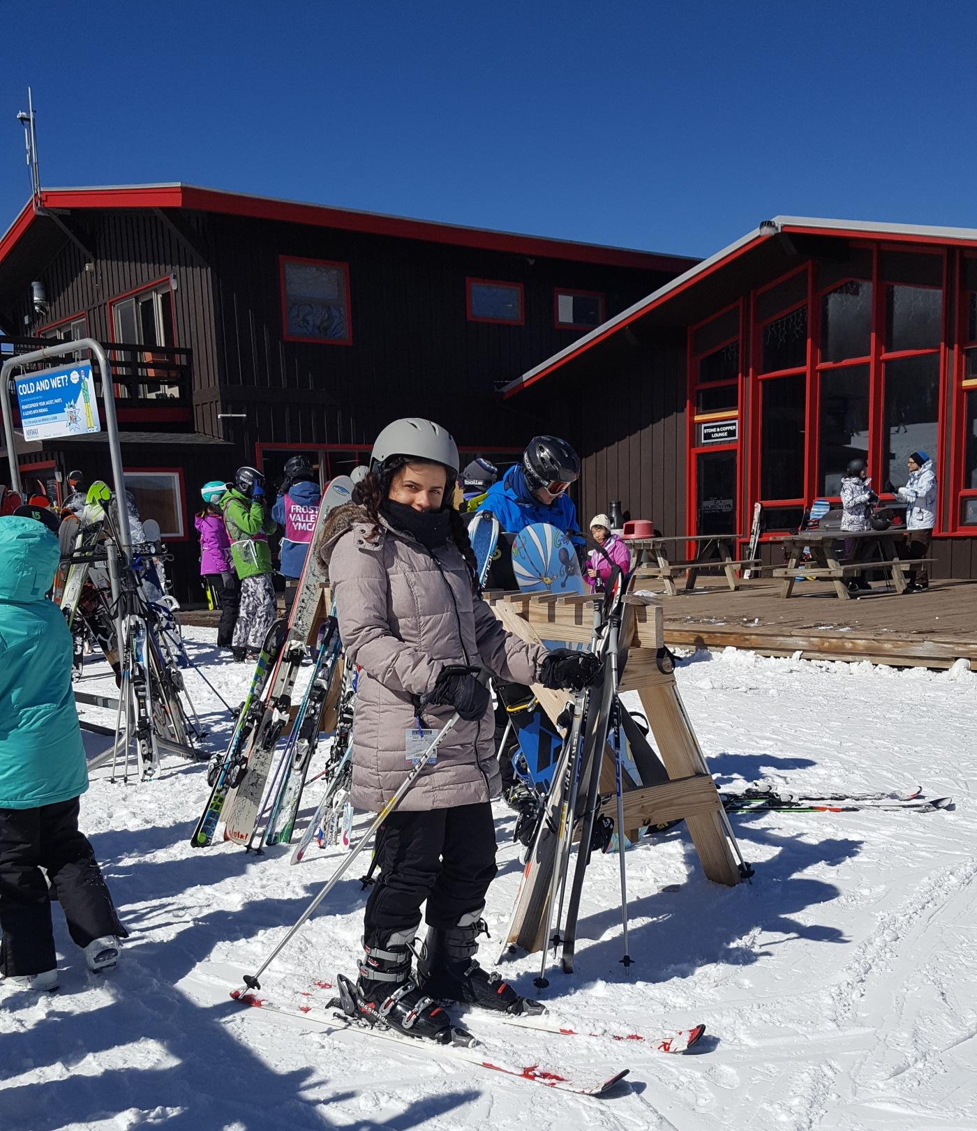Ski - Lessons - Skiing
